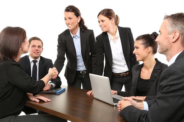 Conoce qué es la ética empresarial y sus principales componentes
